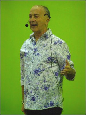 Tony Robinson at WDYTYA Live!